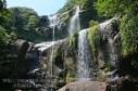 沖縄・西表島のユツン三段の滝