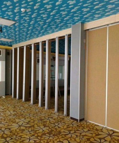 Gambar 1 – Partisi Lipat Jadikan Ruangan Makin Fungsional