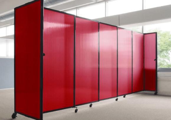 Manfaat dinding partisi portable uabah ruang dalam hitungan detik