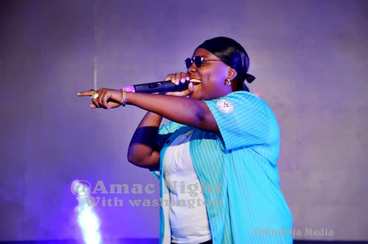 TENI PROFESSED LOVE FOR MALE FAN AT AMAC NIGHT WITH WASHIGNTON