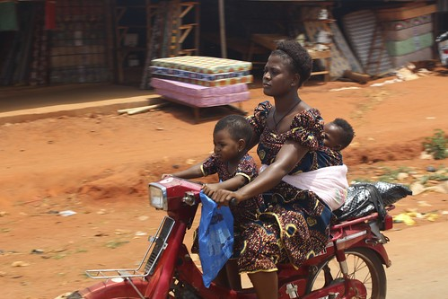Little Baby Crushed by Truck After Falling from Mothers Back on Okada