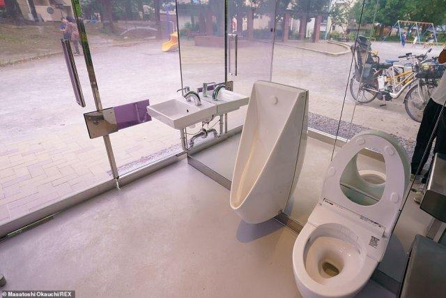 Transparent Glass Public Toilet