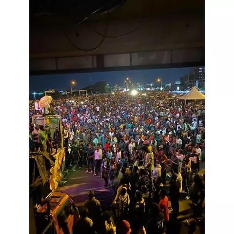 Shuts Down Lekki Toll Gate