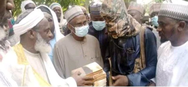 GOOD NEWS: Bandits Release Abducted Kagara Students To Islamic Cleric, Sheikh Gumi