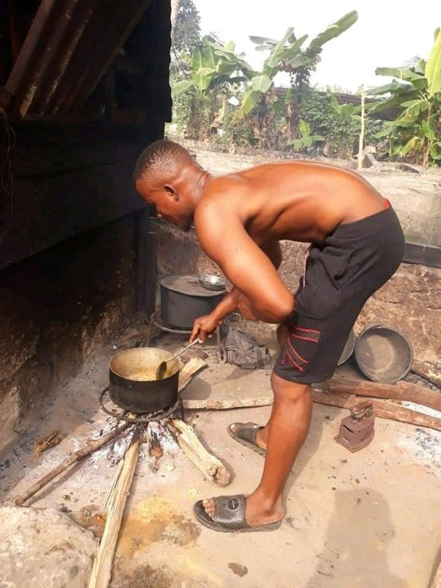 See What Happened to This Man After He Finished Eating this Strange Food