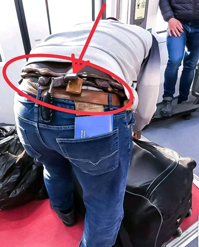 WAHALA: See What Was Seen In This Yoruba Man's Waist At The Airport, That Stirred Reactions Online (Photos)