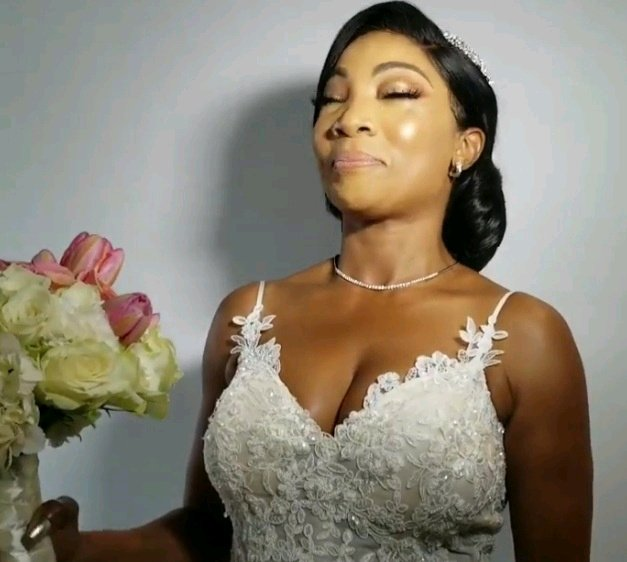 LOVE IS SWEET: See the Nigerian Woman Who Found Love At 50 - Gladys Lasila