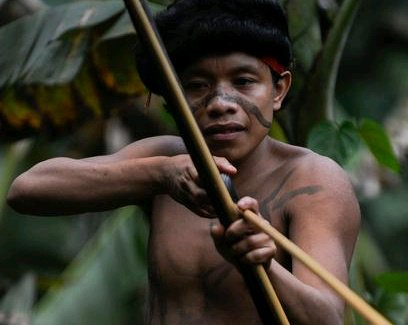 See The Tribe Where Only 600 People Exist And They Kill Their Visitors Because Of What They Want - Sentinels