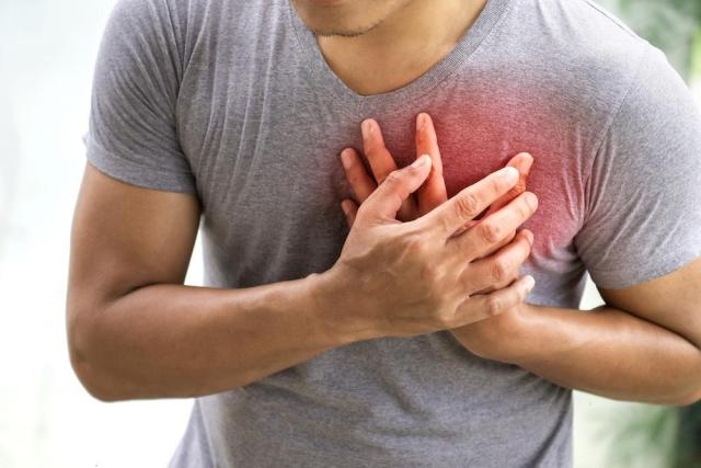 First Aid Treatment of Heart Attack and Angina - Pharm G