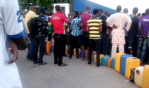 HARDSHIP: Fuel Scarcity Resurfaces As Petrol Sells For N300/ltr
