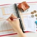 キャッシュレスで支払っている方向け、無料で使えるおすすめの家計簿アプリ3選