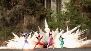 Power.Rangers.Dino.Charge.S22E04.Return.of.the.Caveman.WEBRip.x264.AAC_Mar 5, 2015, 1.08.32 AM