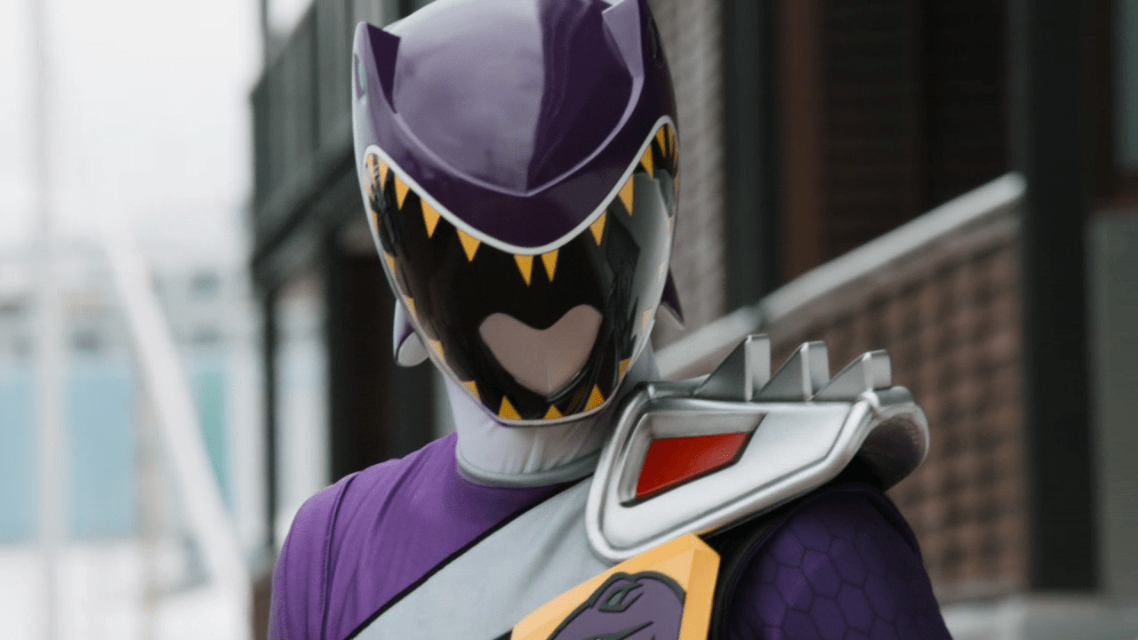 "Weekly Ranger Review: Dino Charge Episode 17, ""World Famous (In New Zealand)"""