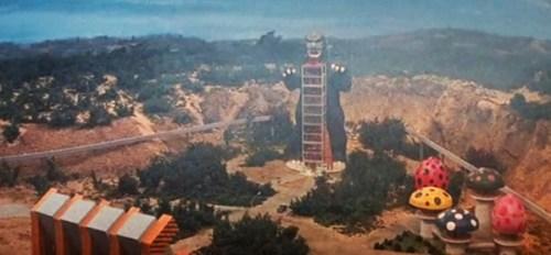 godzilla-vs-gigan-1972-movie-review-world-childrens-land-fun-park-alien-invasion