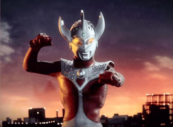 Ultraman_Taro_sun_set