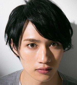 Gaku Matsumoto as Ritsu Kageyama