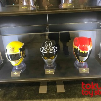 Helmet Display 09