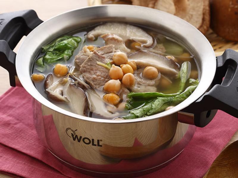 快煮湯-雪蓮子鮮香菇肉片湯 by 家樂福廚房 - 愛料理