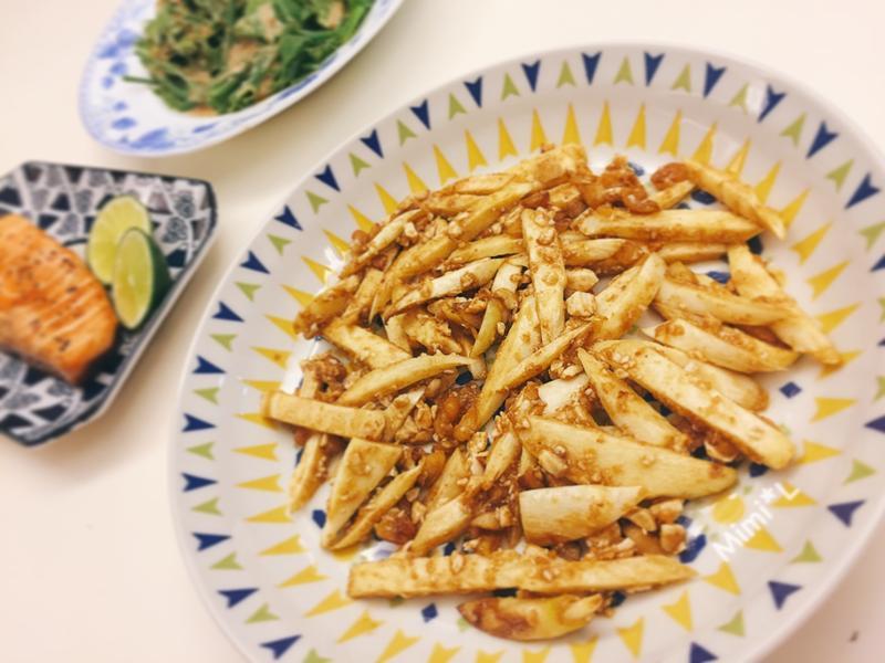 鹹蛋炒茭白筍 by 玉米米* - 愛料理