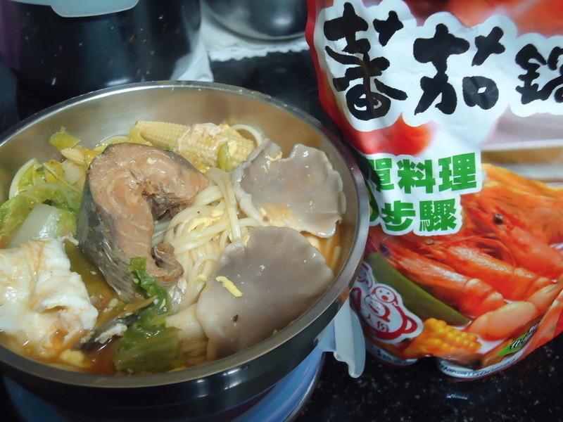 茄汁鯖魚麵-「可果美 蕃茄高湯」 by Ching Hua - 愛料理