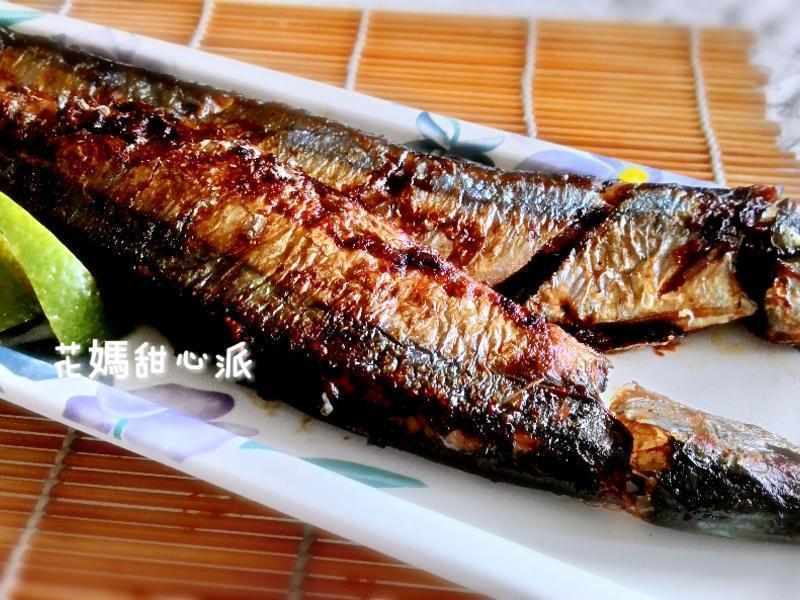 香煎秋刀魚 by 花媽甜心派 - 愛料理