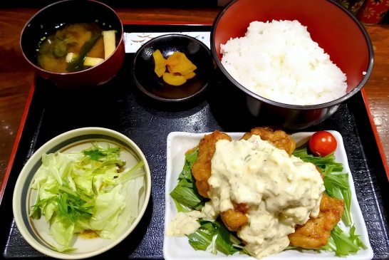 ABCクッキング監修のチキン南蛮定食