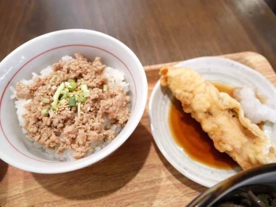 鶏そぼろご飯と鶏天