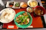 9月オープンの鉄板焼きと京料理の店。ご飯と鉄板で焼いた玉子焼きが美味い