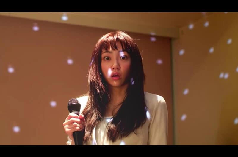 ホットスタッフ新CMホット犬と共演カラオケを歌う女優は?山谷花純がカラオケで絶叫!