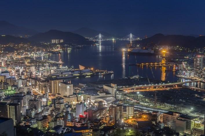 Нагасаки горизонт ночь