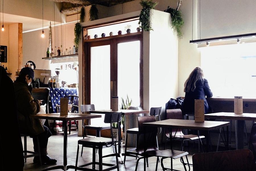 アーモンドホステル&カフェ