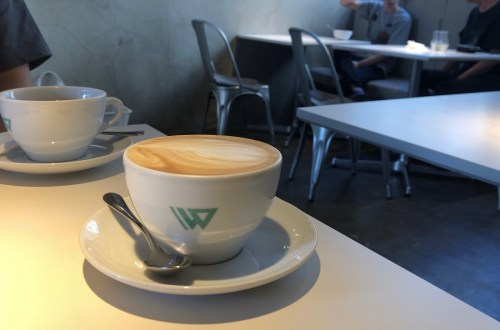 ダブルエントランス/ウエントコーヒー