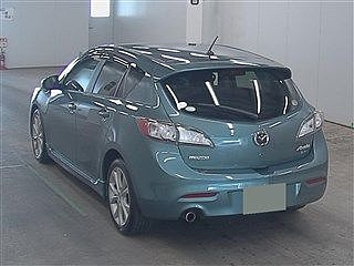 2010 Mazda Axela 20S Sport
