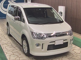 2015 Mitsubishi Delica D:5 Roadest G Package 4WD