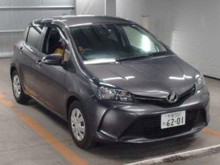 2015 Toyota Vitz F
