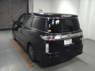2017 Nissan Elgrand 250 Highway Star S