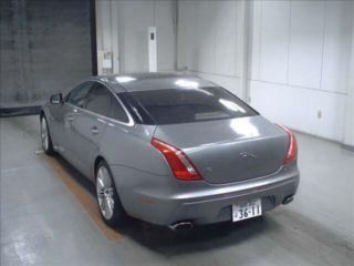 2010 Jaguar XJ Premium Luxury