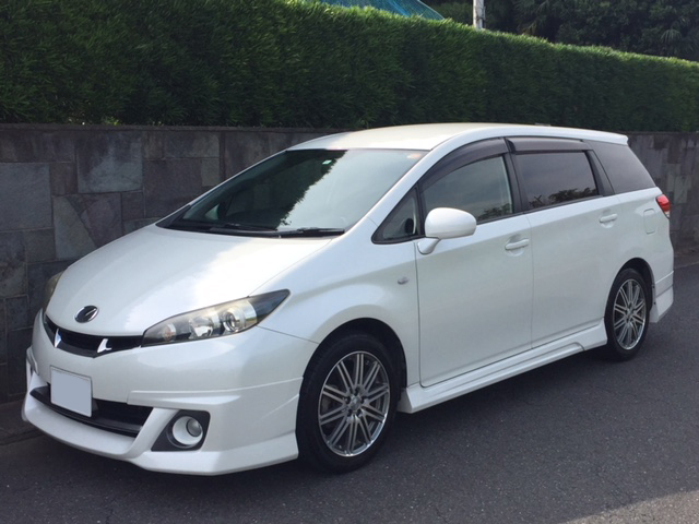 Buy a car in Japan Toyota Wish