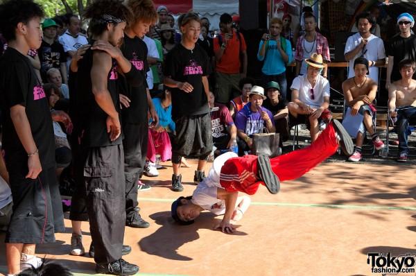 Japanese Breakdancers