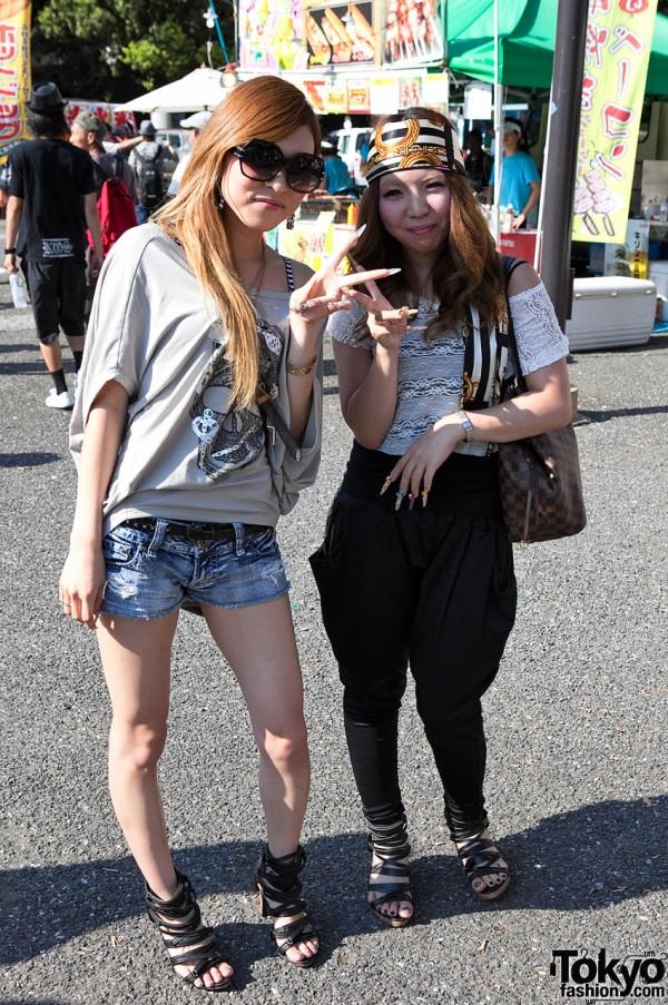 Japanese Girls at B-Boy Park