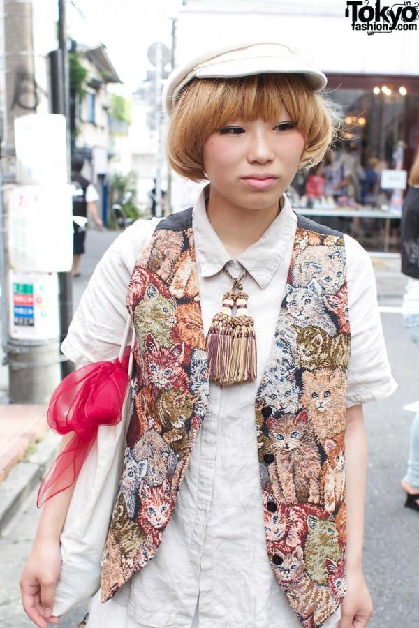Tarock tassels & Conocoto kitty tapestry vest