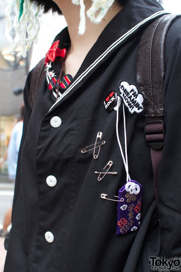 Safety pins & buttons