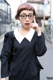 cute short hairstyle glasses