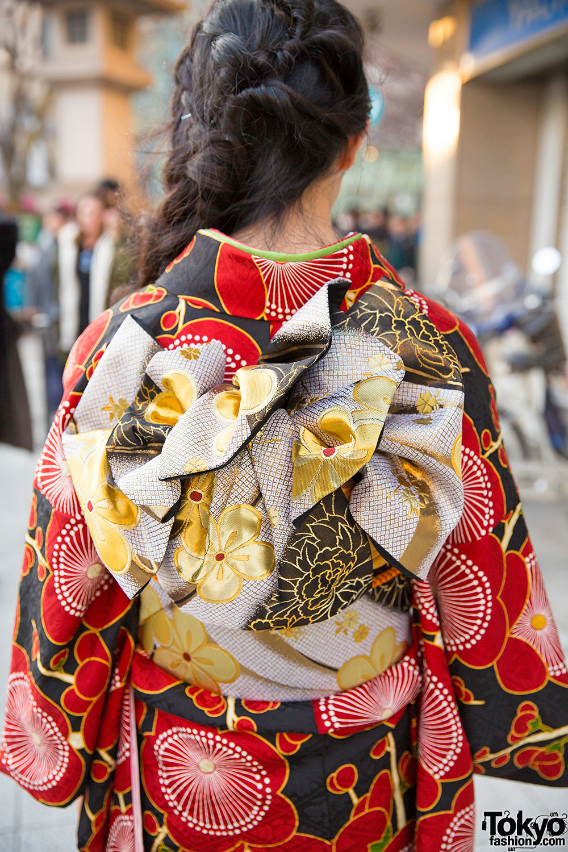 Pretty Floral Print Kimono  Braids Hairstyle in Harajuku