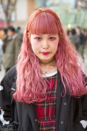 pink hair & makeup with plaid dress