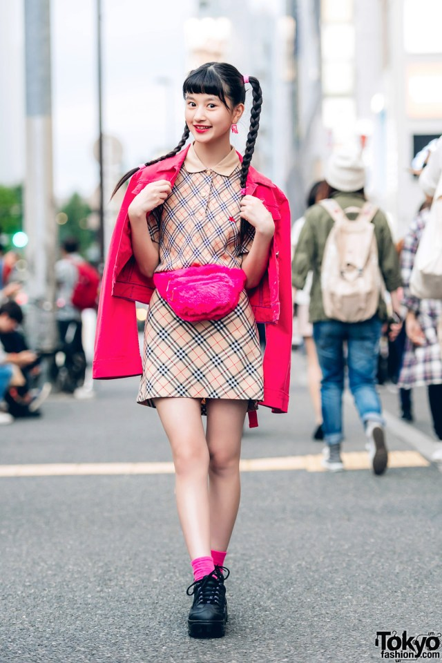 Teen Actress Model A Pon In Harajuku Street Fashion W Adidas Burberry San To Nibun No Ichi Forever21
