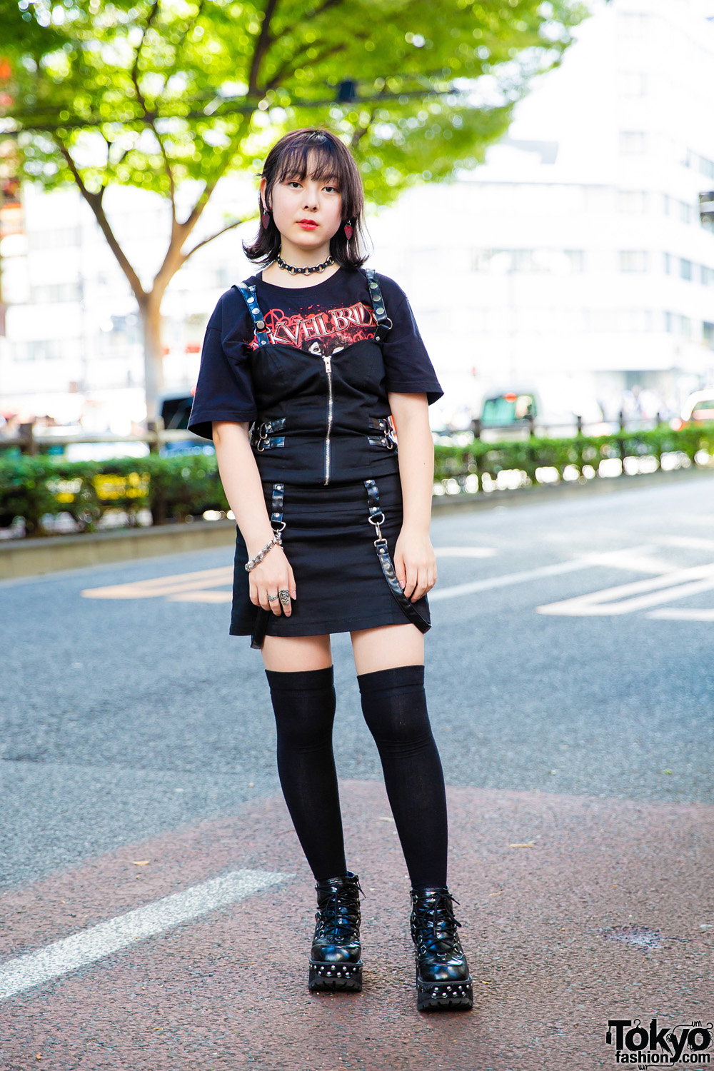 Edgy All Black Tokyo Street Style W Queen Of Darkness
