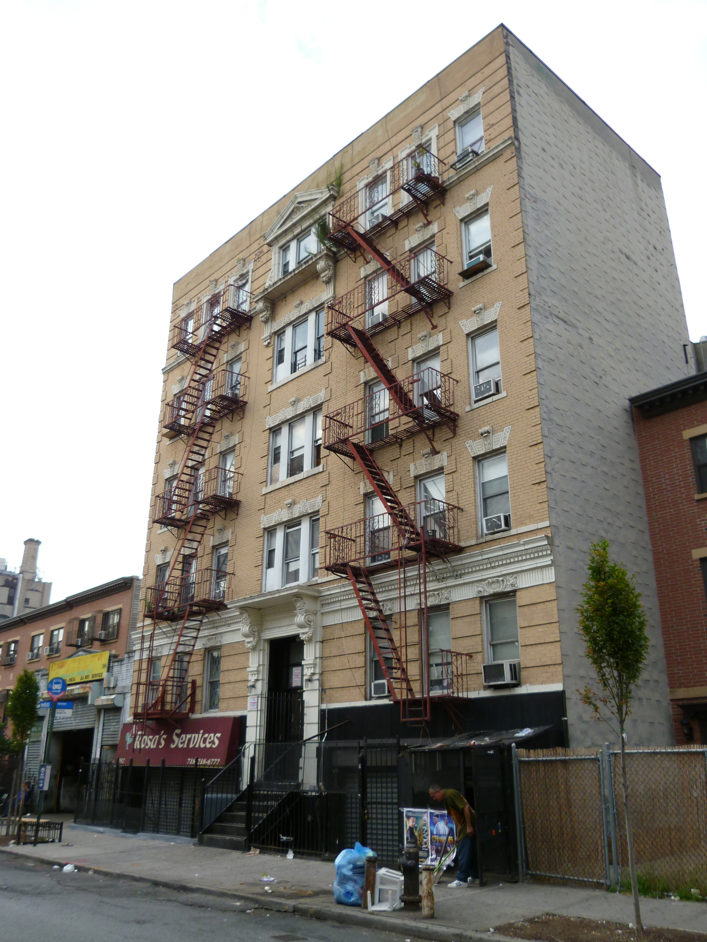 Where Is The Coming To America Apartment