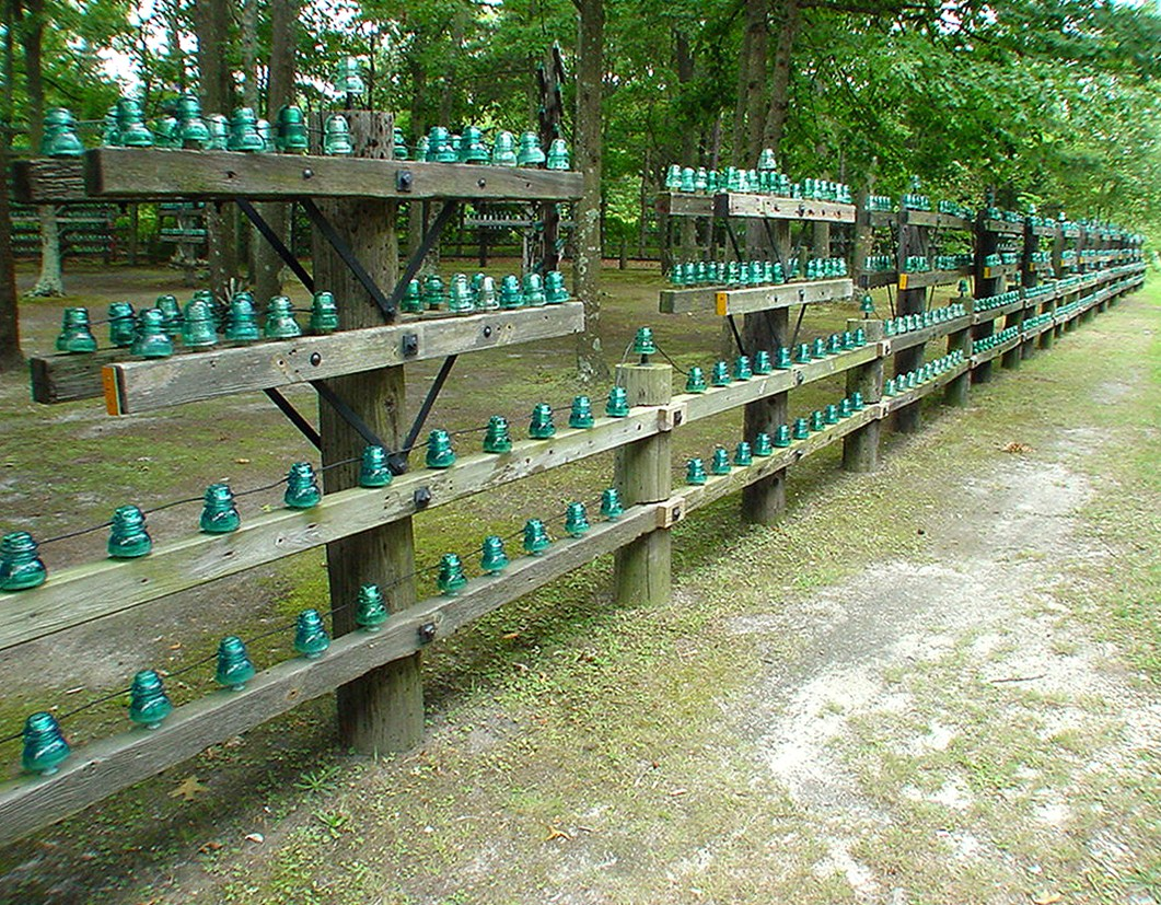 Glass insulators can t protect me from jet lag for Glass conductors
