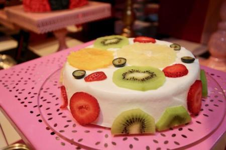 果糖って、気持ちギルティーフリー フルーツスフレチーズケーキ